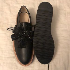 Zara Oxford shoes with sequin bow detail